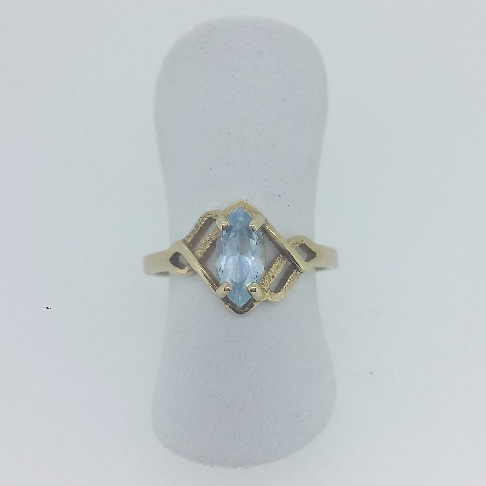 ring aquamarine designers white jewellery oval gold